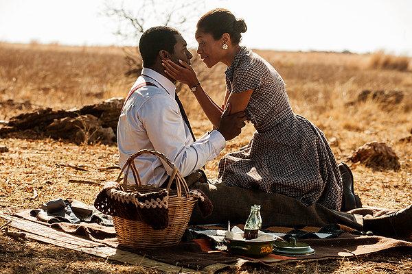 Idris Elba y Naomie Harris