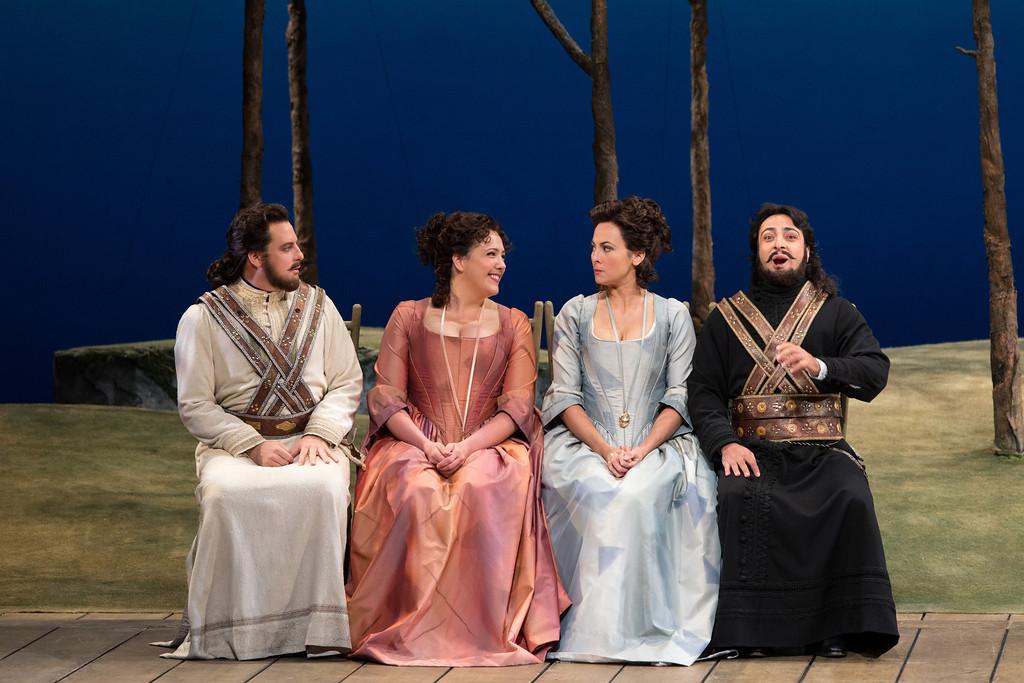 Matthew Polenzanni, Susanna Phillips, Isabel Leonard y Rodion Pogossov (Foto: Marty Sohl)