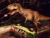 Una escena de JURASSIC PARK de Steven Spielberg